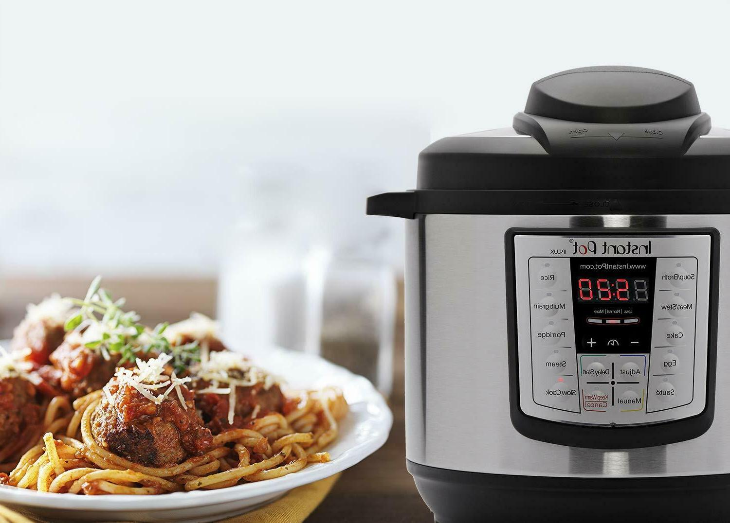 6 Qt Multi-Use Programmable Cooker,